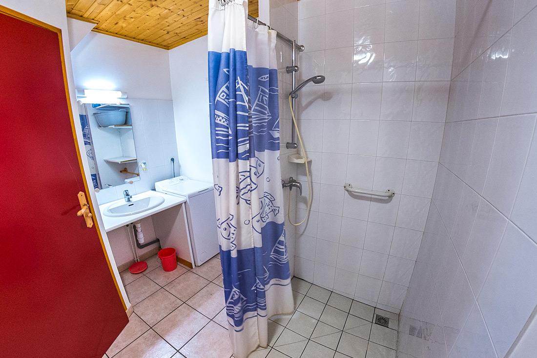 Chalet le Dauphinois Nurit salle de bain