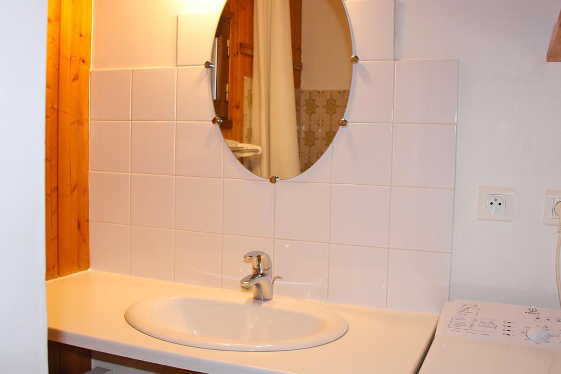 Chalet le Pra Nurit salle d'eau