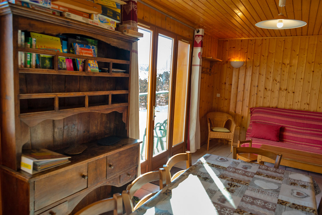 Chalet Chartrousin Nurit salon